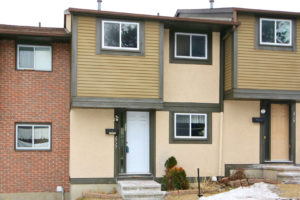 *SOLD* 2727 Pimlico Cr – Great Townhouse Close To Everything!