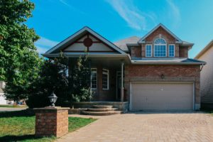 *SOLD* 126 Mosswood Court – Beautiful House For Sale in Ottawa!